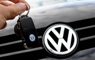 Après le scandale de Volkswagen, l'Allemagne teste les moteurs de 23 marques