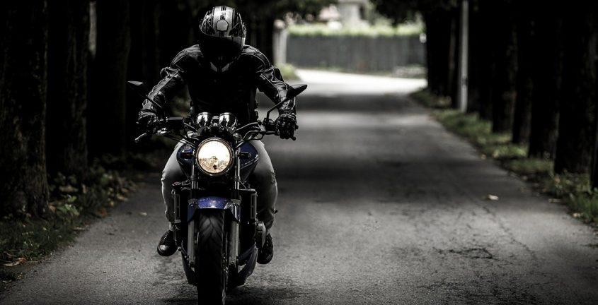Recharger batterie moto