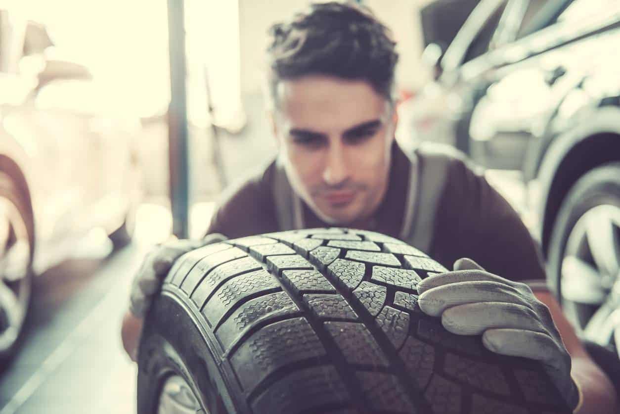 contrôler pneu témoin usure